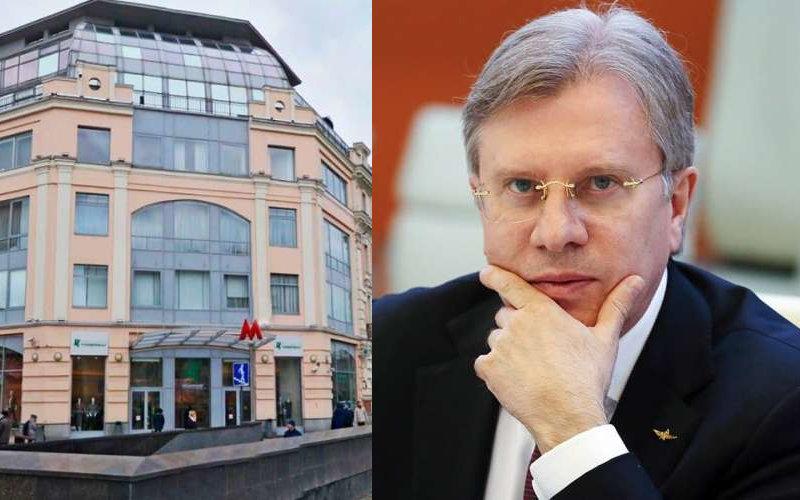 Министр транспорта Виталий Савельев закрыл своё ИП, но недвижимость все ещё находится в его собственности